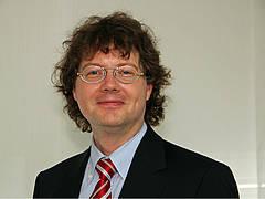 Rechtsanwalt und Vorsitzender, Alexander Hassenpflug